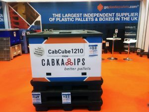 cabcube-on-stand