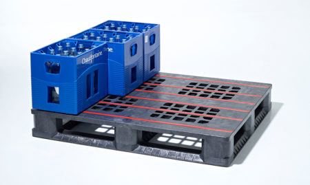 What are plastic pallets used for?