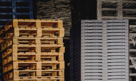Plastic pallet prices remain stable as wooden pallet prices soar!