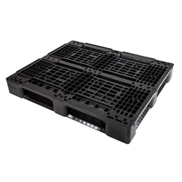 Medium duty plastic pallets